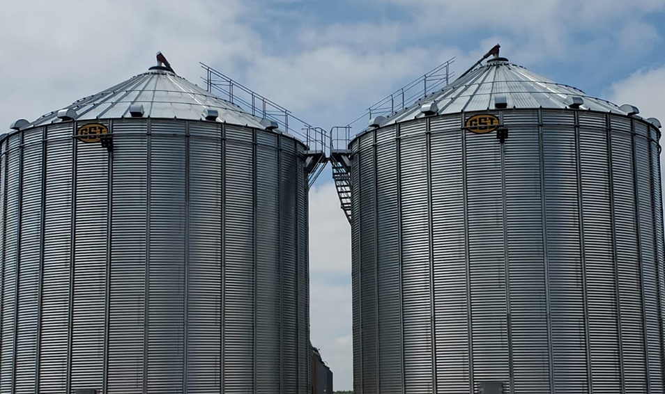 GSI hopper bins and large commercial storage bins